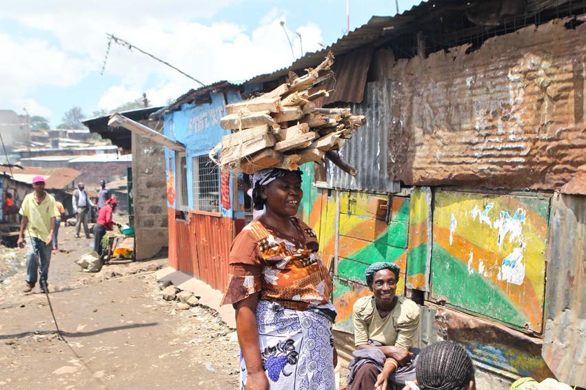 高清:摄影师记录非洲极端贫困人群的生活【7】