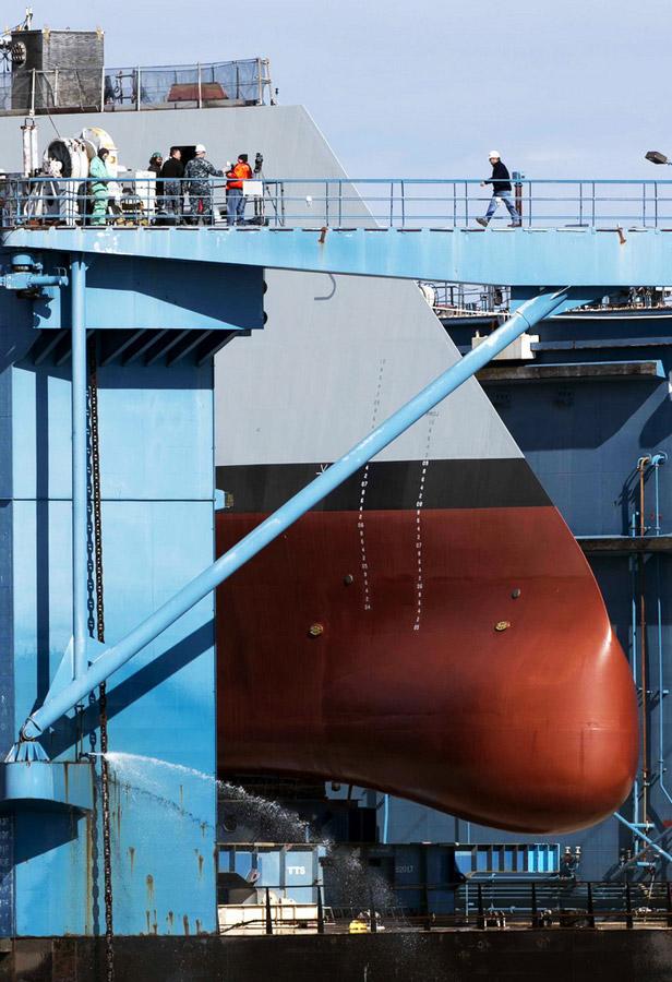 高清组图:美国打造人类史上最强战舰下水【2】