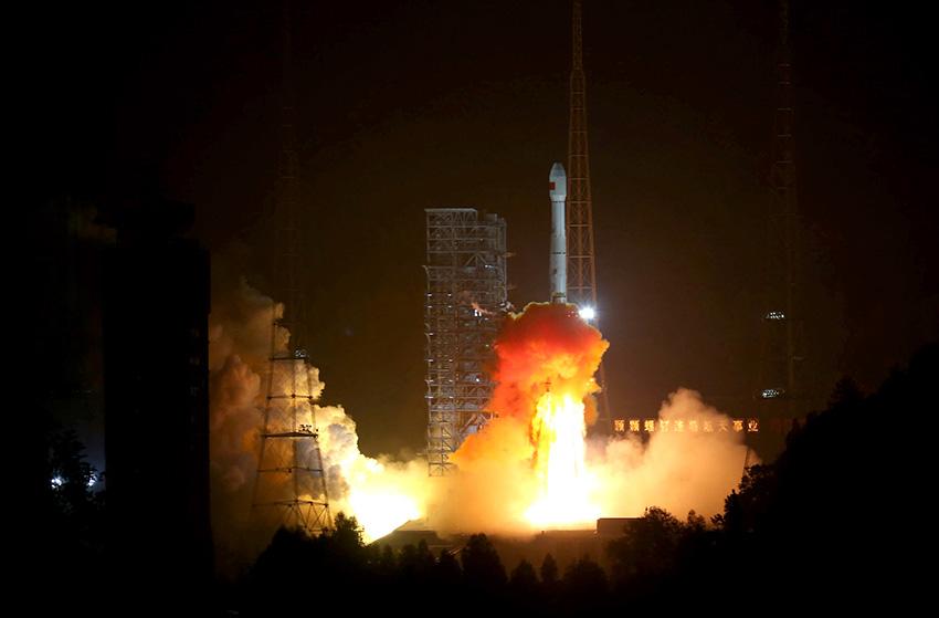 嫦娥三号发射]+三级一次发动机关机   嫦娥三号飞行轨道示意
