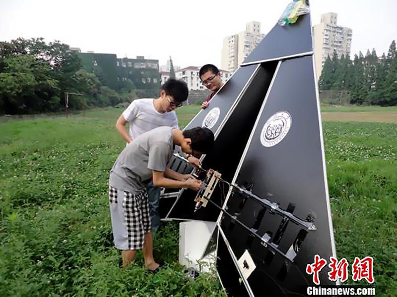 同济大学师生放飞世界最大电动纸飞机【5】