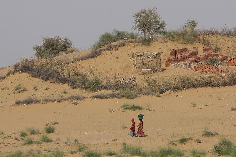 印度沙漠风景图