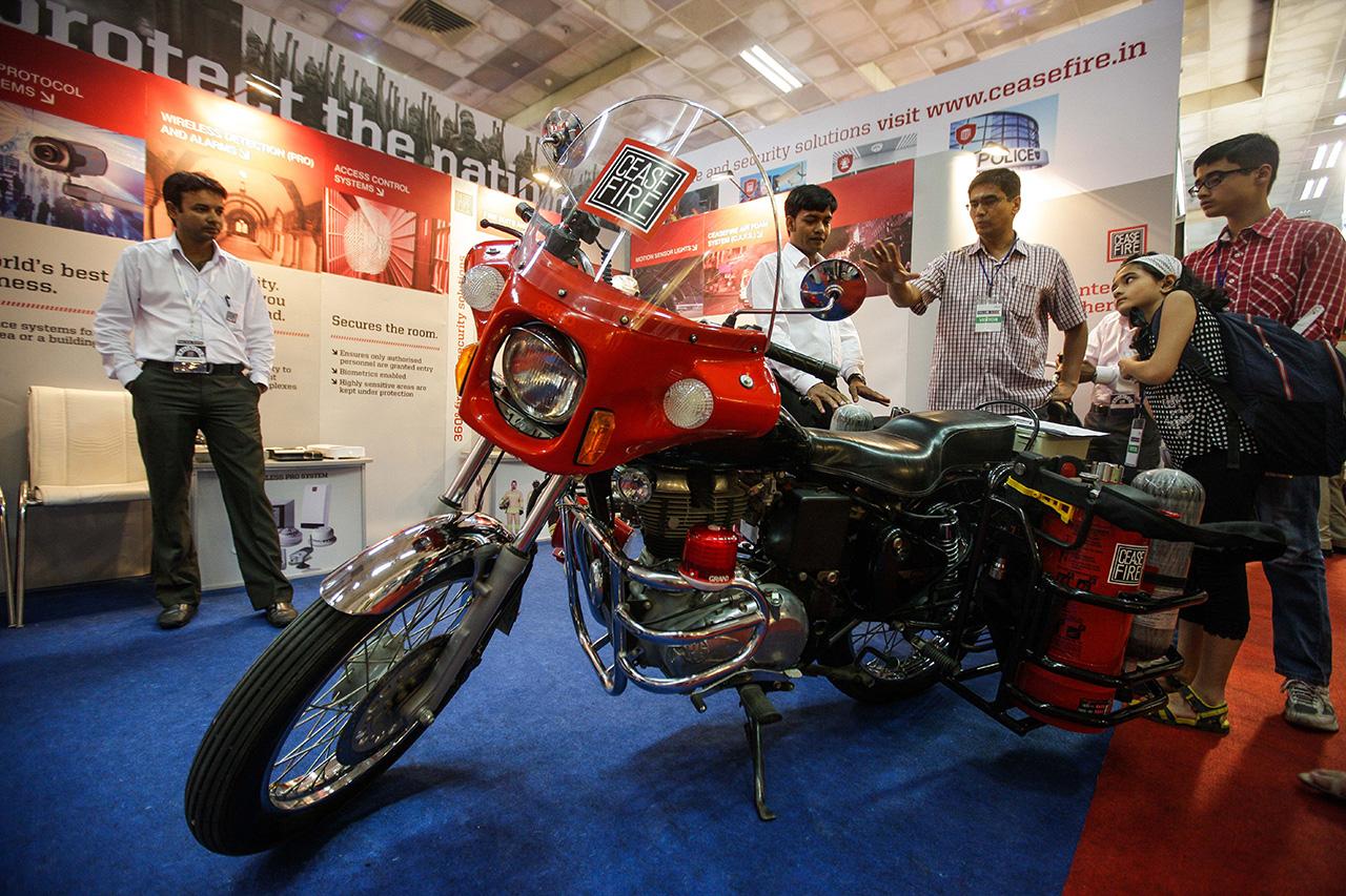 国际警用设备展于印度新德里举行