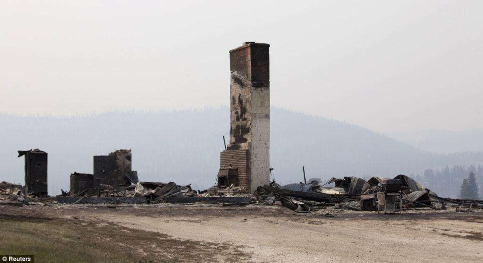 森林大火肆虐华盛顿州 10人失踪