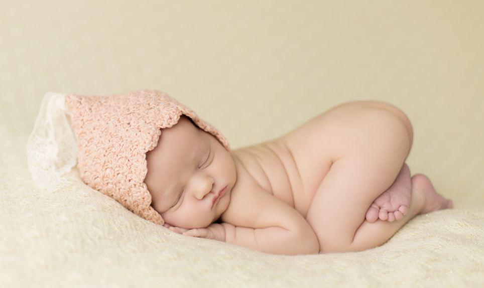 摄影师抓拍婴儿萌萌熟睡照 【3】