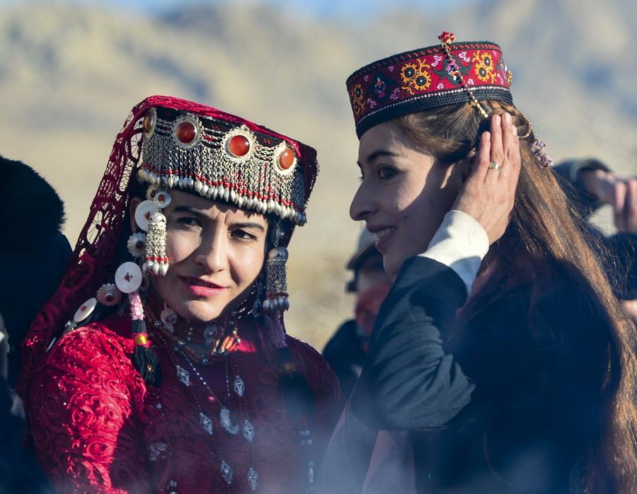 在新疆塔什库尔干塔吉克族自治县提孜那甫村