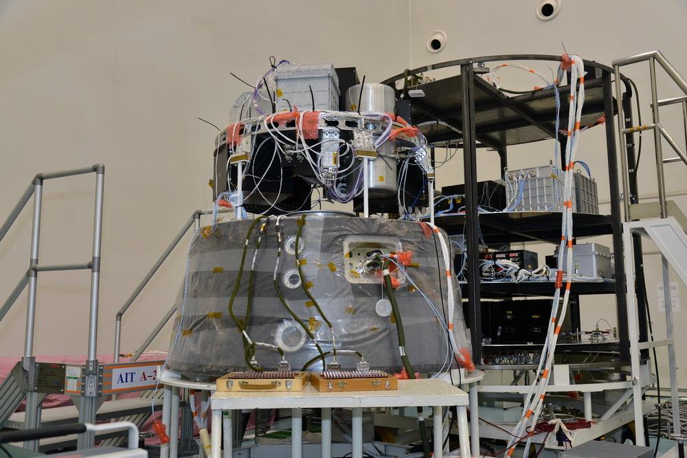 实践十号返回式科学卫星有效载荷研制完成