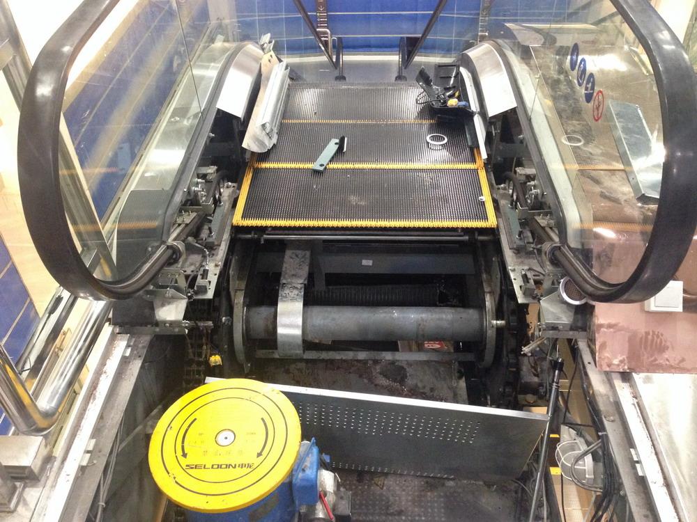 湖北荆州电梯 卷人 事故形成调查报告 认定申龙电梯及安良百货公司负主要责任