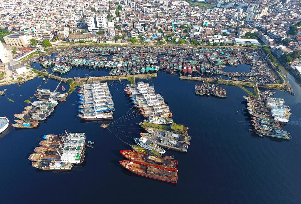 广东汕头 渔船回港应对台风 莫兰蒂