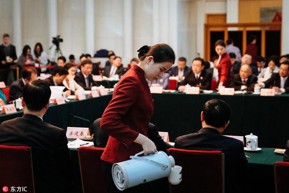 2017年3月6日,第十二届全国人民代表大会第五次会议重庆市代表团全体
