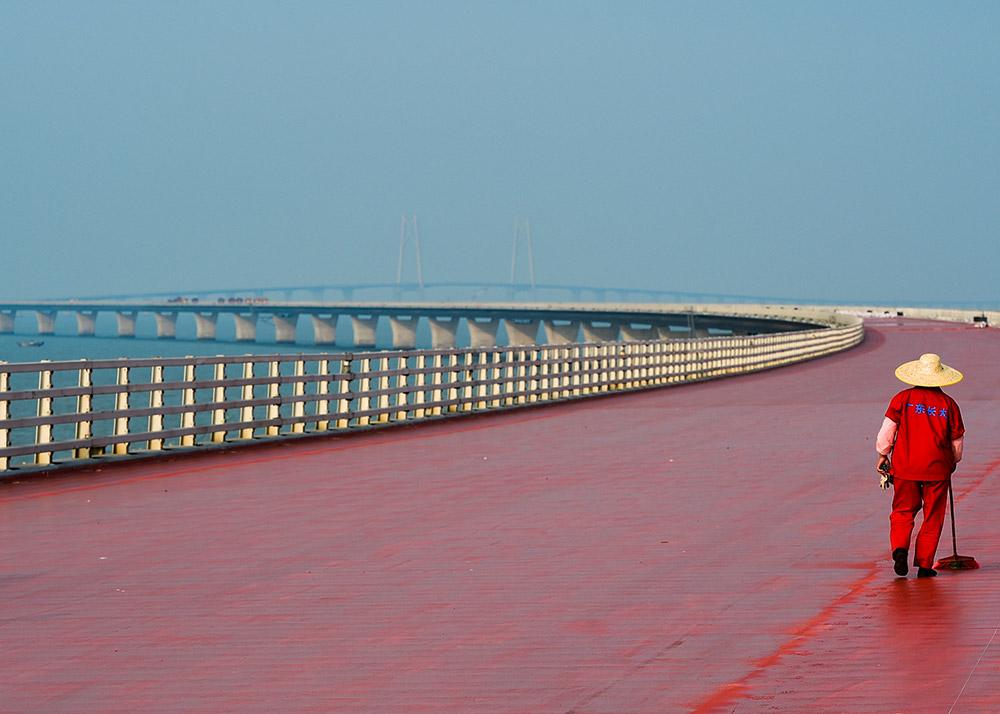 港珠澳大桥全线贯通在即 粤港澳大湾区加速起航