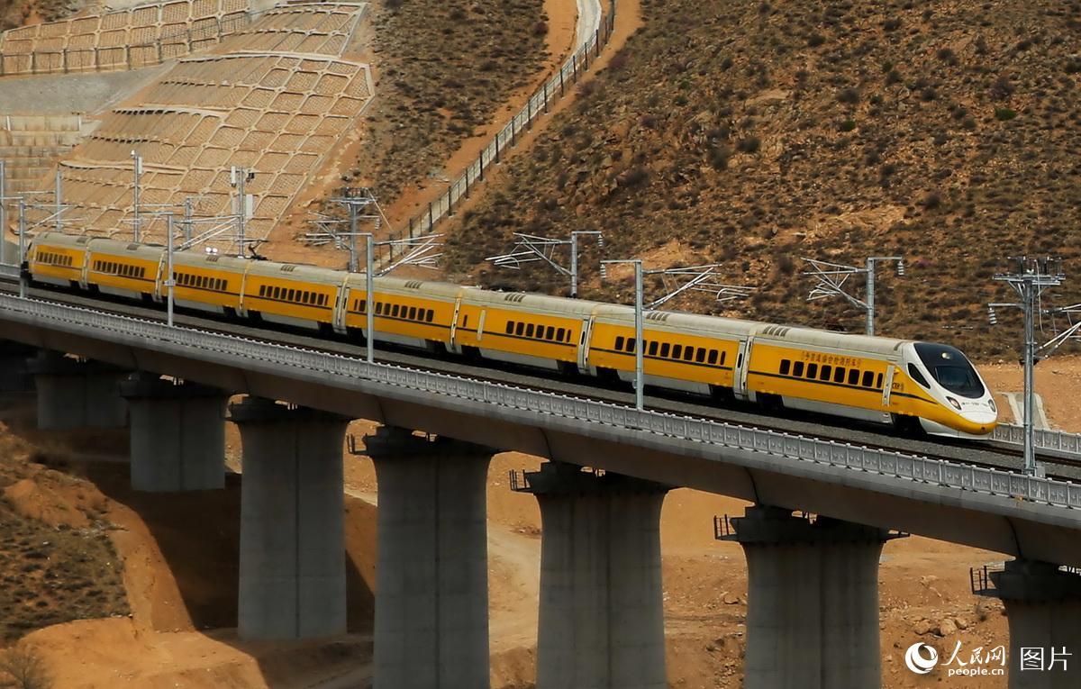 """牡丹江""""宰""""客车辆打新客运站的""""歪""""主意被查处"""