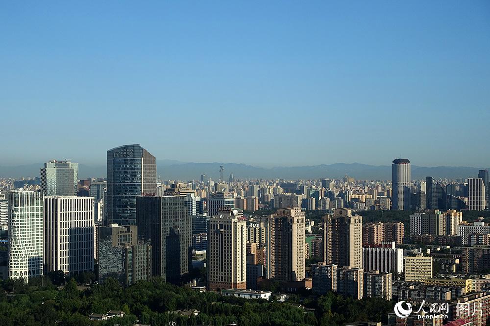 北京:蓝天白云秋意浓 空气质量一级棒【3】