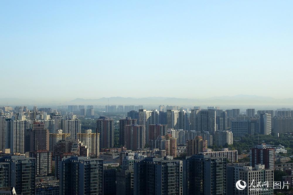 北京:蓝天白云秋意浓 空气质量一级棒【4】