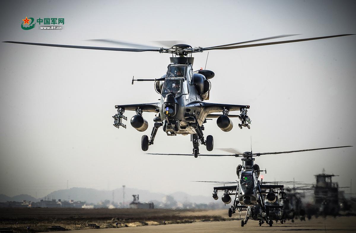 陆航旅武装直升机超低空突击飞行训练