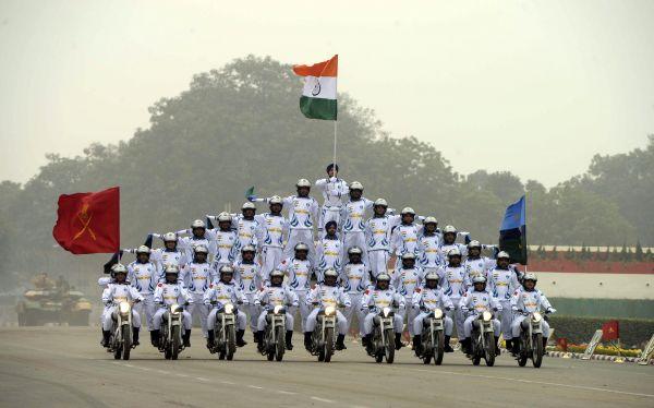 """装备过时机构臃肿 英媒称印度巨额军费""""花得不值"""""""