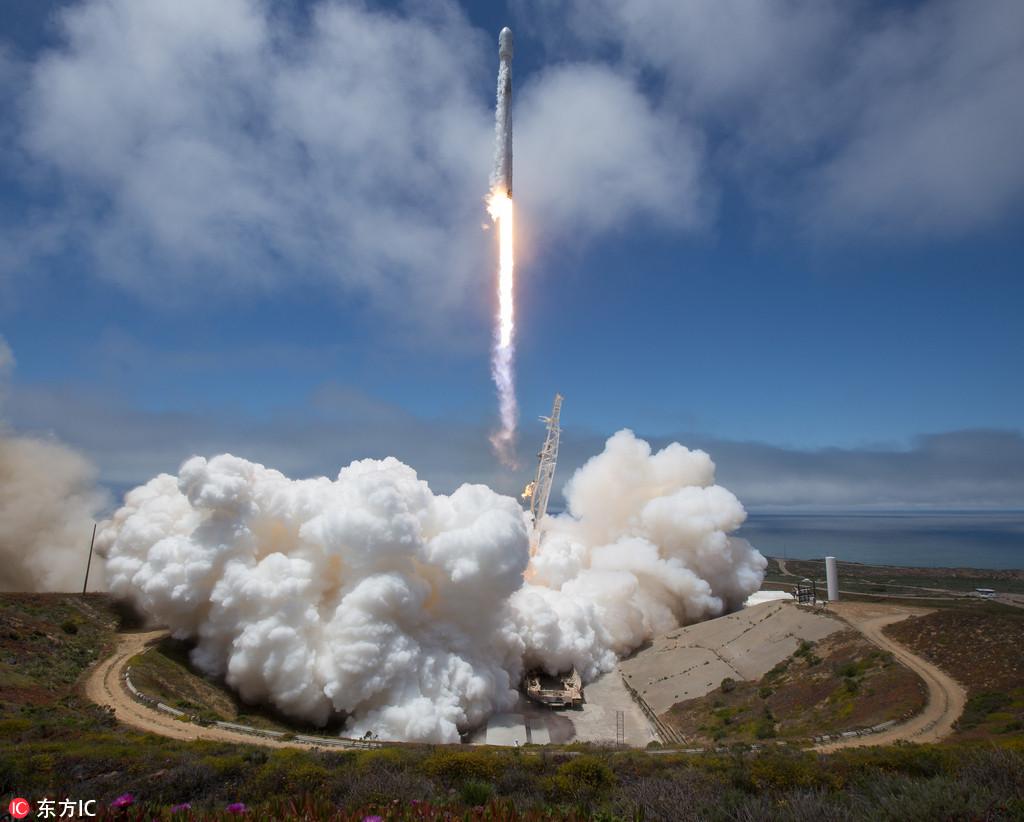 "NASA摄影师拍摄火箭升空 单反被烤焦近乎""毁容""【4】"