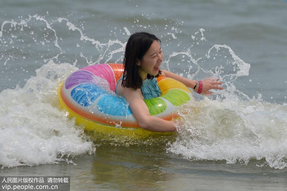 青岛:快乐暑期享清凉