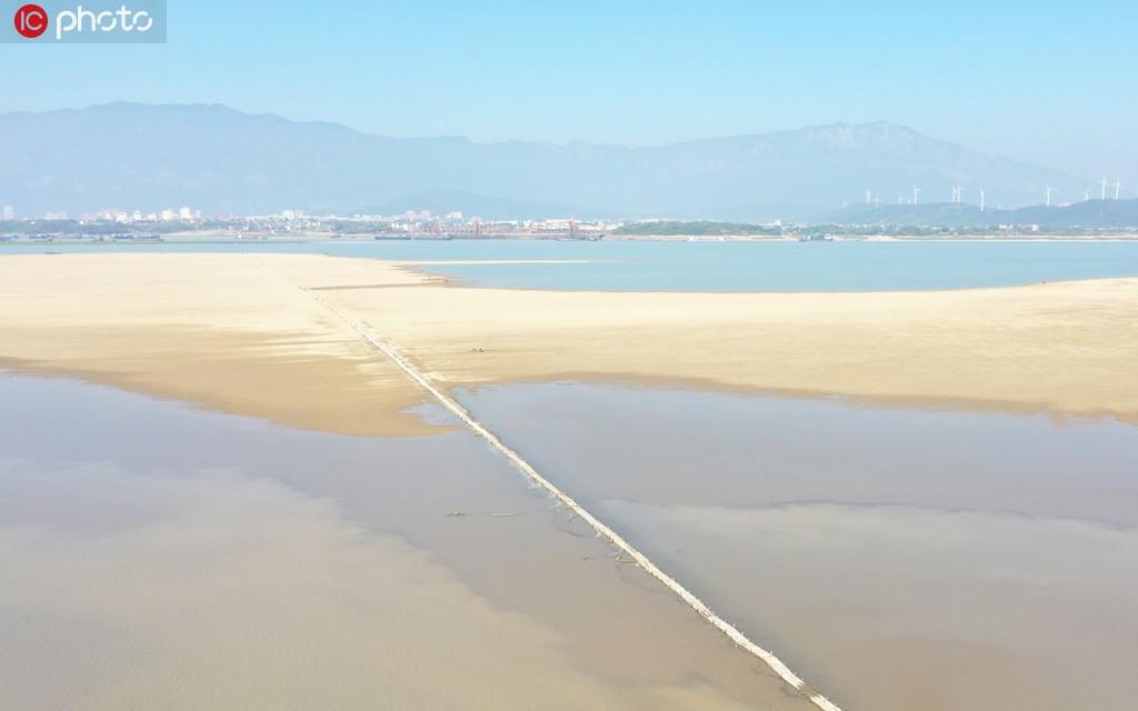 江西鄱阳湖水位持续走低 湖底600年古桥露真容【5】
