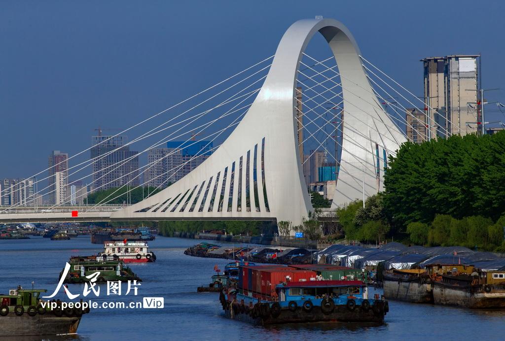 江苏淮安:京杭大运河运输忙