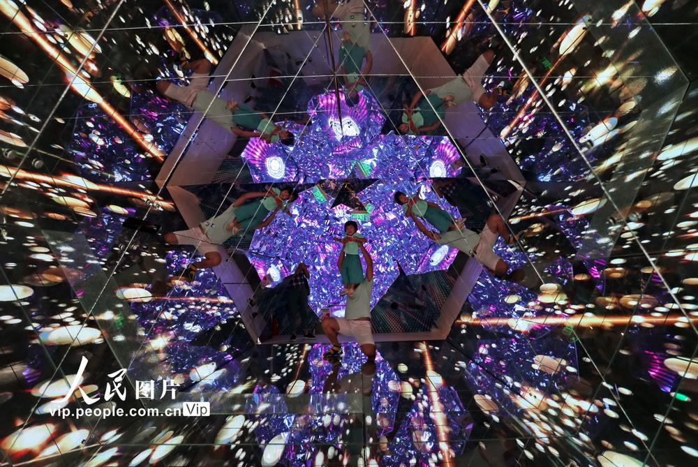 9月6日拍摄的镜像视效空间。