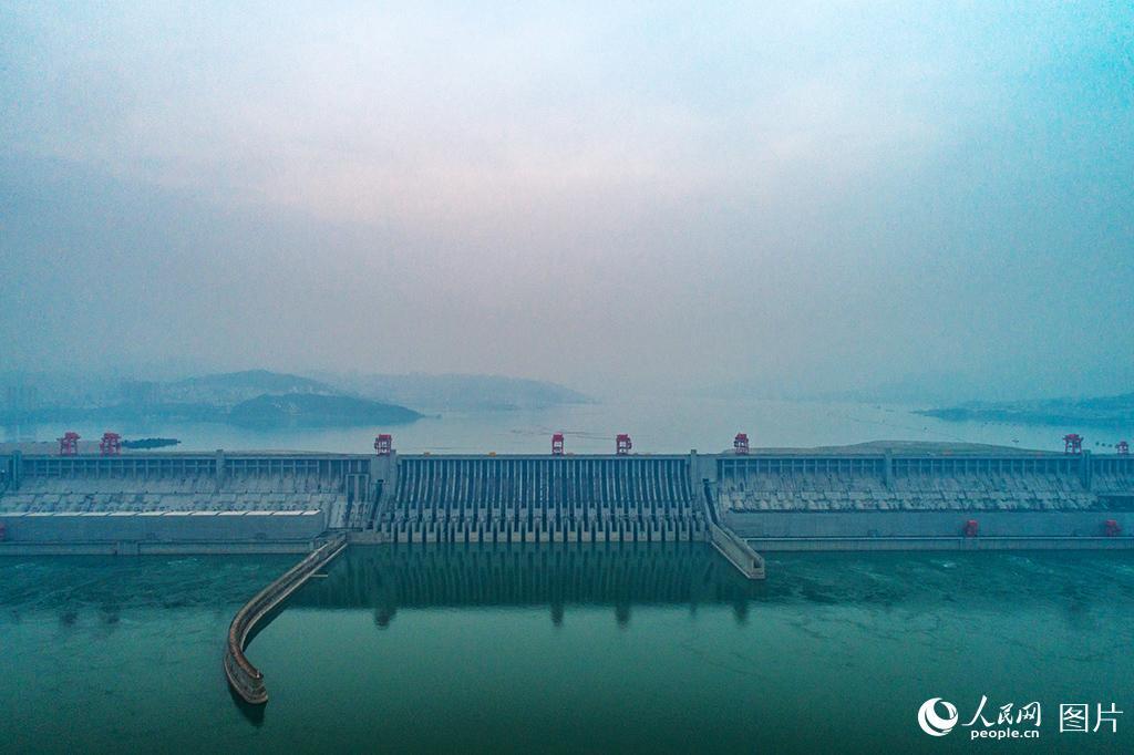 三峡水库实现175米满蓄目标