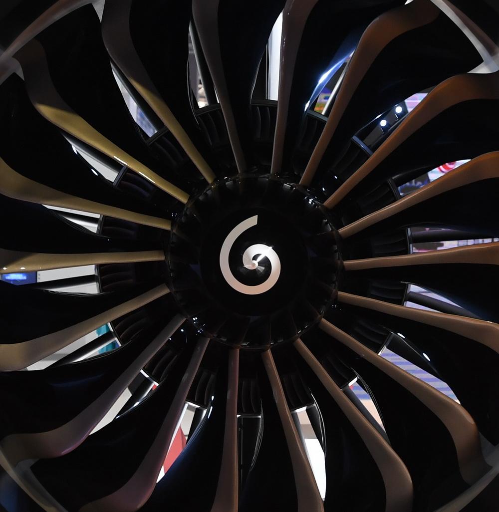 这是11月5日在进博会技术装备展区拍摄的CFM国际LEAP发动机。新华社记者 李任滋 摄