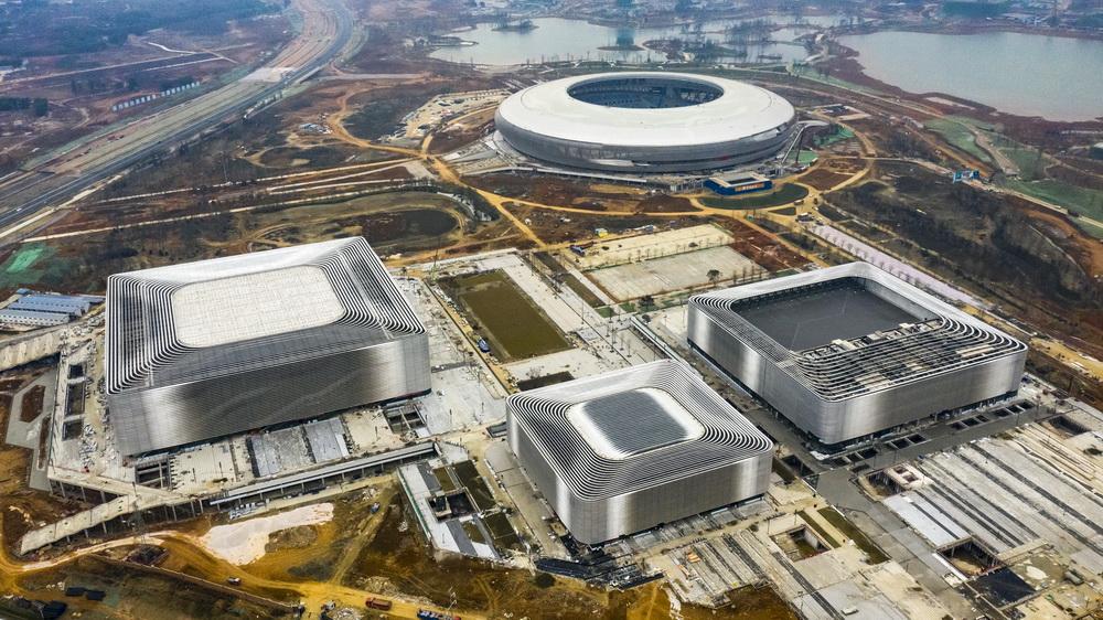 建设中的成都东安湖体育公园(1月25日摄,无人机照片)。新华社记者 沈伯韩 摄