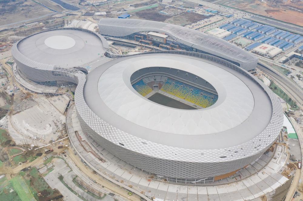 1月27日拍摄的凤凰山体育公园(无人机照片)。新华社记者 胥冰洁 摄