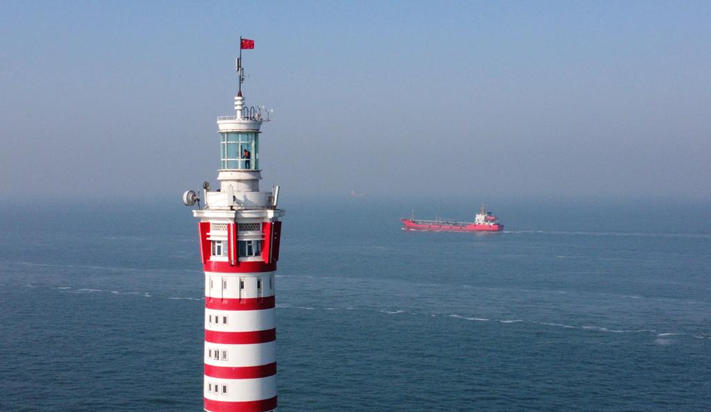灯塔人口_海上守护者 坚守40年指引数百万船员,却拒绝了2000万美元
