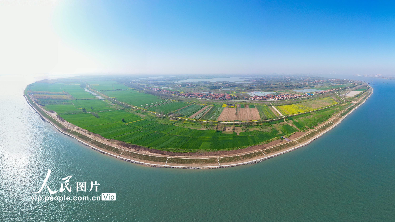 长江武汉至安庆段6米水深航道全线贯通
