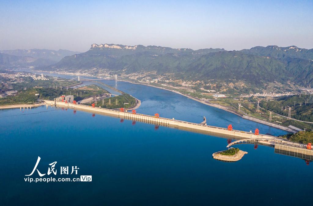 湖北宜昌:三峡水库水位消落至157.43米 为汛期抗洪做准备【3】