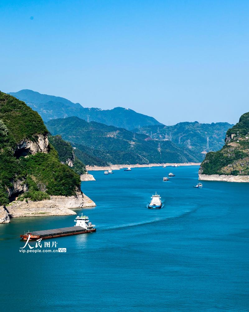 湖北宜昌:三峡水库水位消落至157.43米 为汛期抗洪做准备【7】