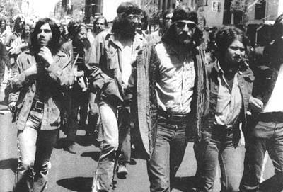 1970年5月18日 肯特州立大学枪击事件震惊全