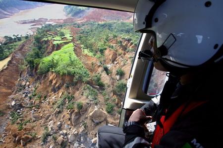 一架直升飞机飞越墨西哥恰帕斯州发生