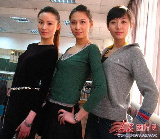 2008年2月28日上午,上海东华大学本科模特班