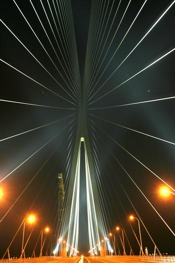 苏通大桥亮灯