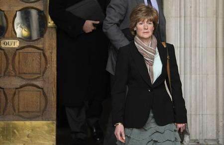 首都伦敦,英国王妃戴安娜的姐姐萨拉·麦科克代尔在法庭裁决后离