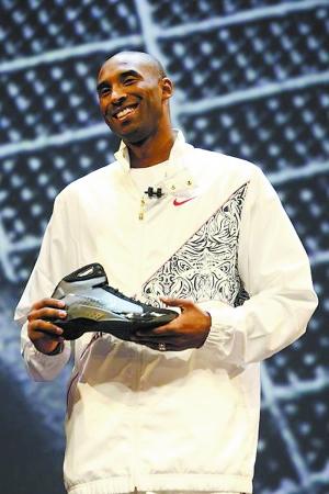 耐克推出最轻篮球鞋