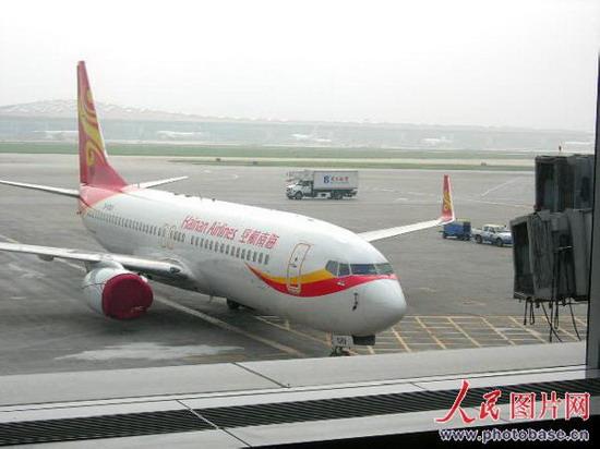 海航波音787座位图; 组图:海航班机直飞台湾