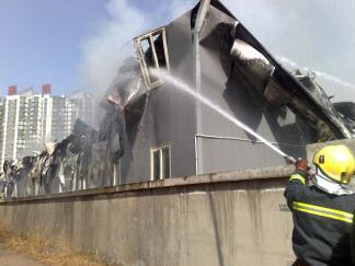 中央美术学院发生火灾 已造成一人 目前入住了学校的行政后勤人员、