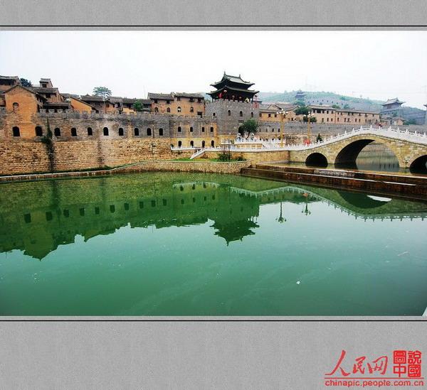 所以称湘峪三都古城有它一定的寓意.湘峪古城紧临泽州县和阳城县.