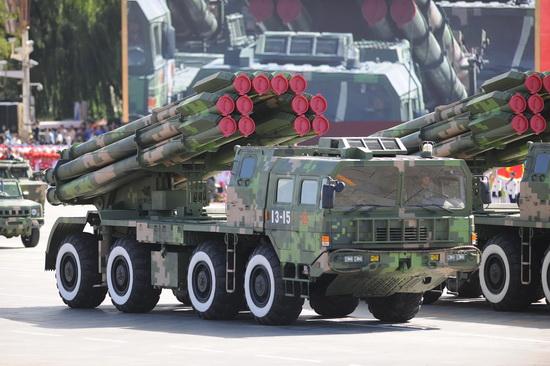 远程火箭炮_中国将出口最新式AR3型远程火箭炮_中国国