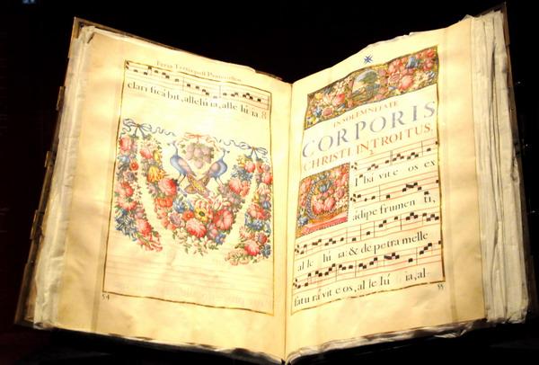 十五的月亮曲谱董文华-路易十四时期的乐谱.-法国凡尔赛宫首次为路易十四举办展览