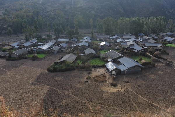 四川凉山州美姑县3万余户贫困农户安新家
