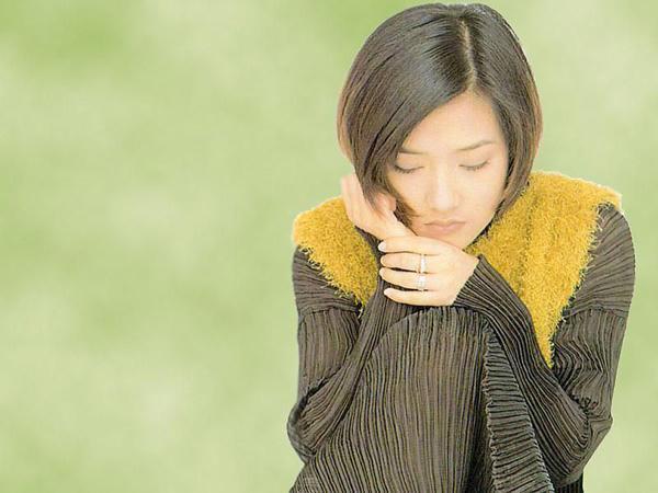 v驼背的驼背女生范晓萱(9)女孩纠正纹身图片