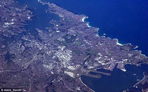 盛夏时期的澳大利亚悉尼俯视图