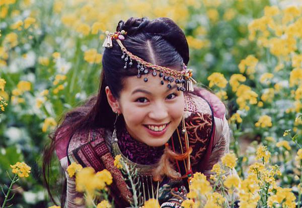台湾影视明星美女刘品言靓照(图文) - 秋雨 - 秋雨 雨耐不住寂寞 就飘了下来