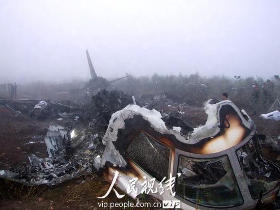 伊春飞机失事 武警官兵搜救面积超千余平米;