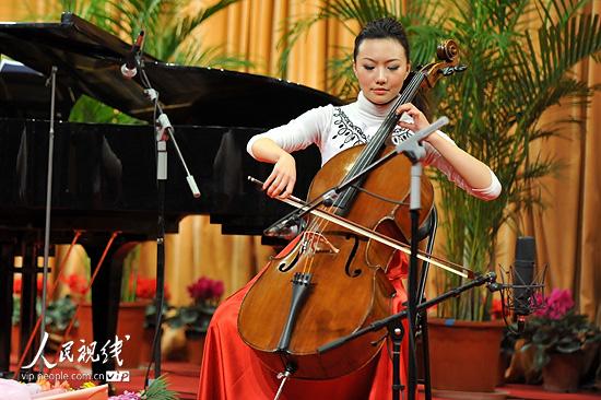 山东济南:王硕大提琴独奏会成功举办 (4)