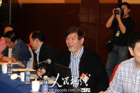 全国政协文艺界委员热议两院报告 (2)